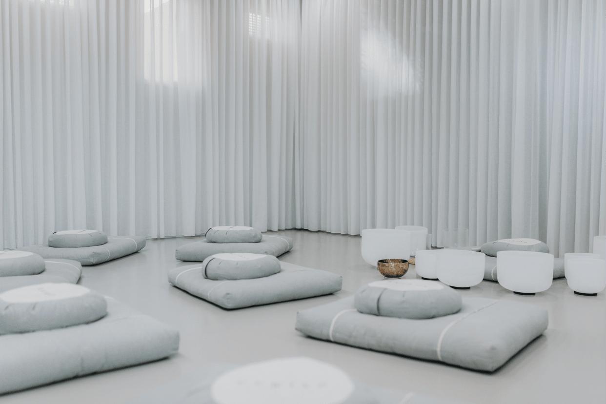 Unwind Yoga Meditation Mindfulness Studio Read Reviews And Book Classes On Classpass