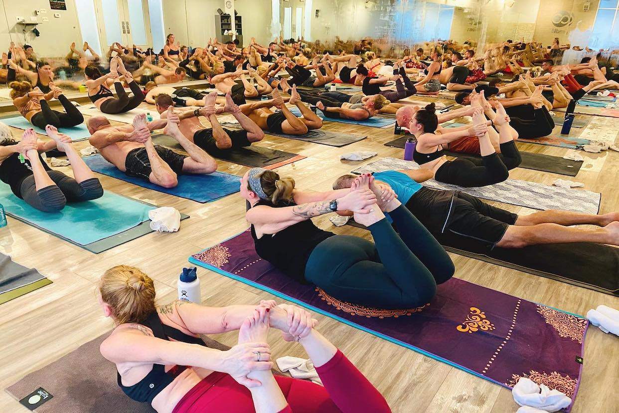 Radi8 Hot Yoga Read Reviews And Book Classes On Classpass