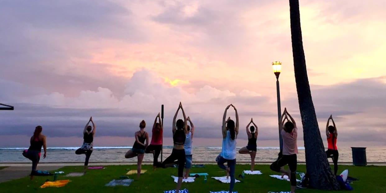 Bunaken Sunset Yoga Capris