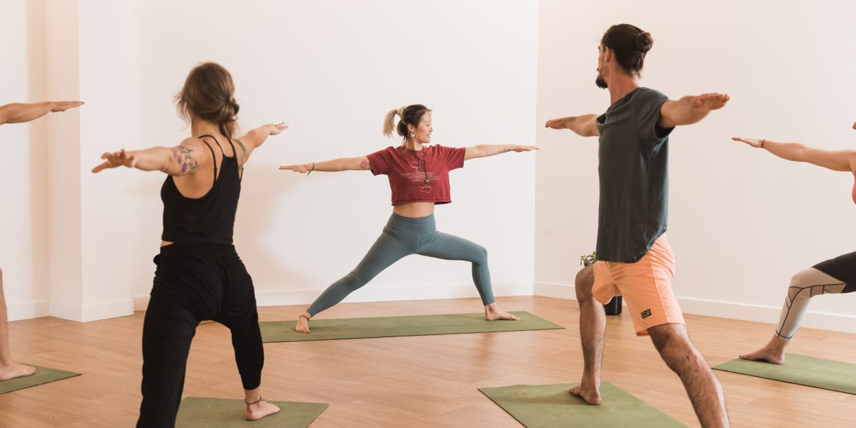 Dynamic Yoga Flow 75 At Yonder Studio Read Reviews And Book Classes On Classpass