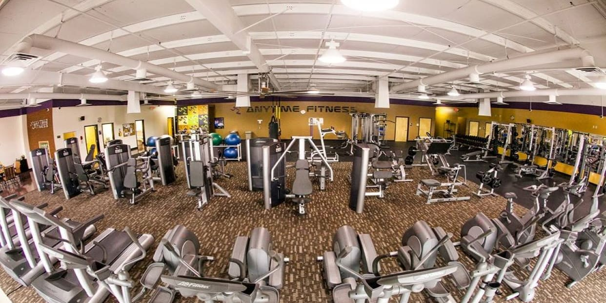 Anytime Fitness Spring Hill Read Reviews And Book Classes On Classpass
