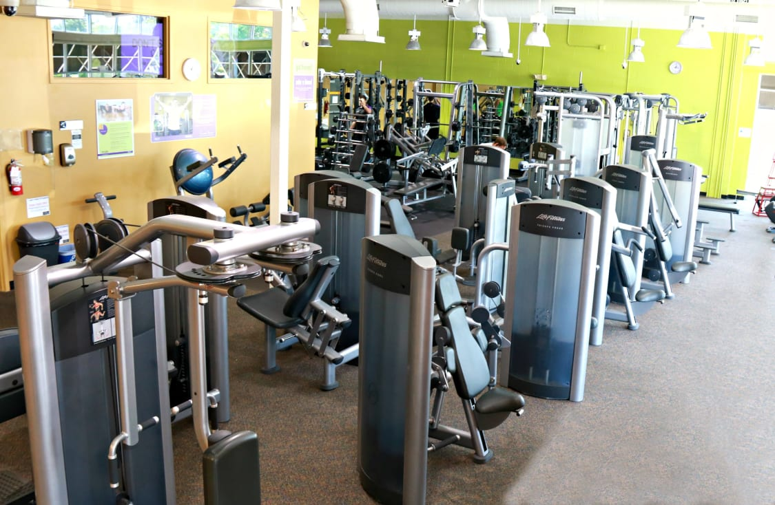 Anytime Fitness Matthews Stallings Read Reviews And Book Classes On Classpass